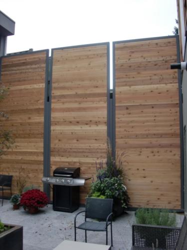 Privacy wall w/ cedar slates